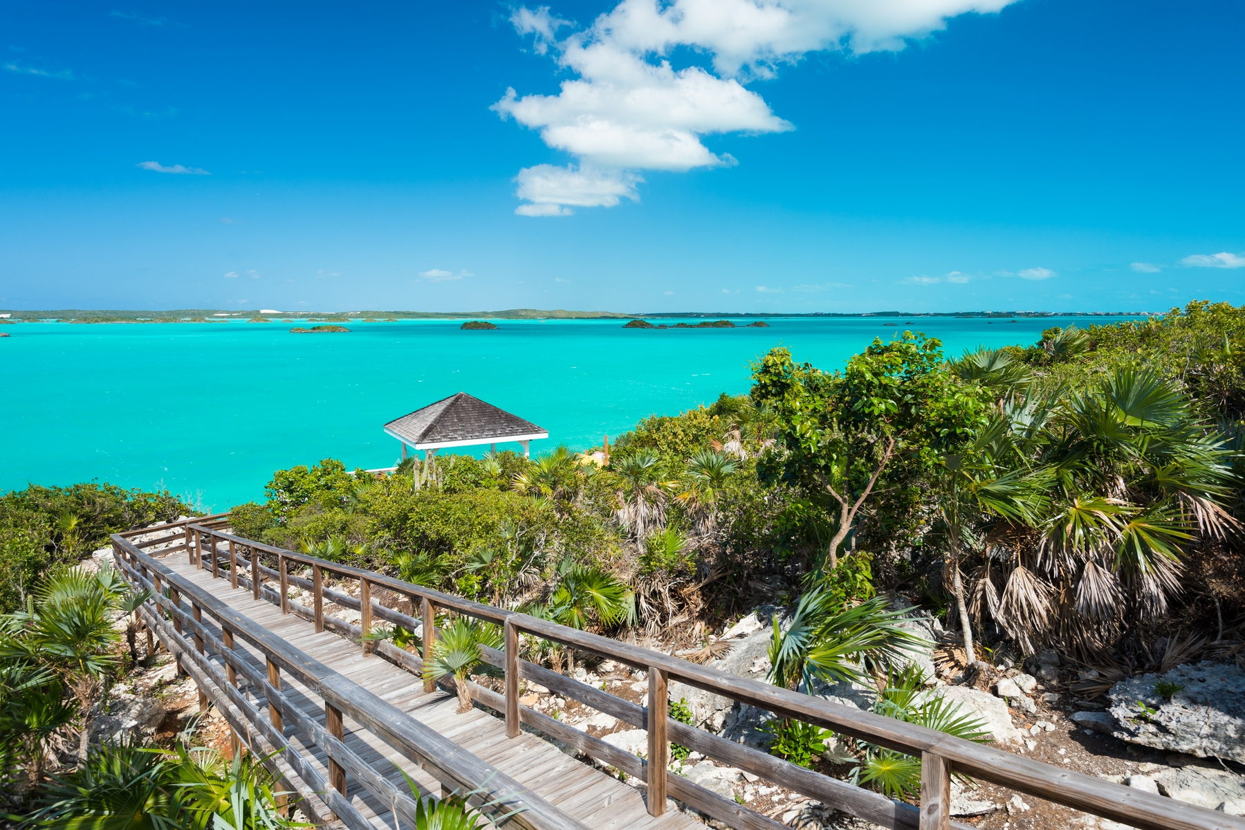 Additional photo for property listing at Aqua View Villa Waterfront Chalk Sound, Providenciales TCI Îles Turques Et Caïques