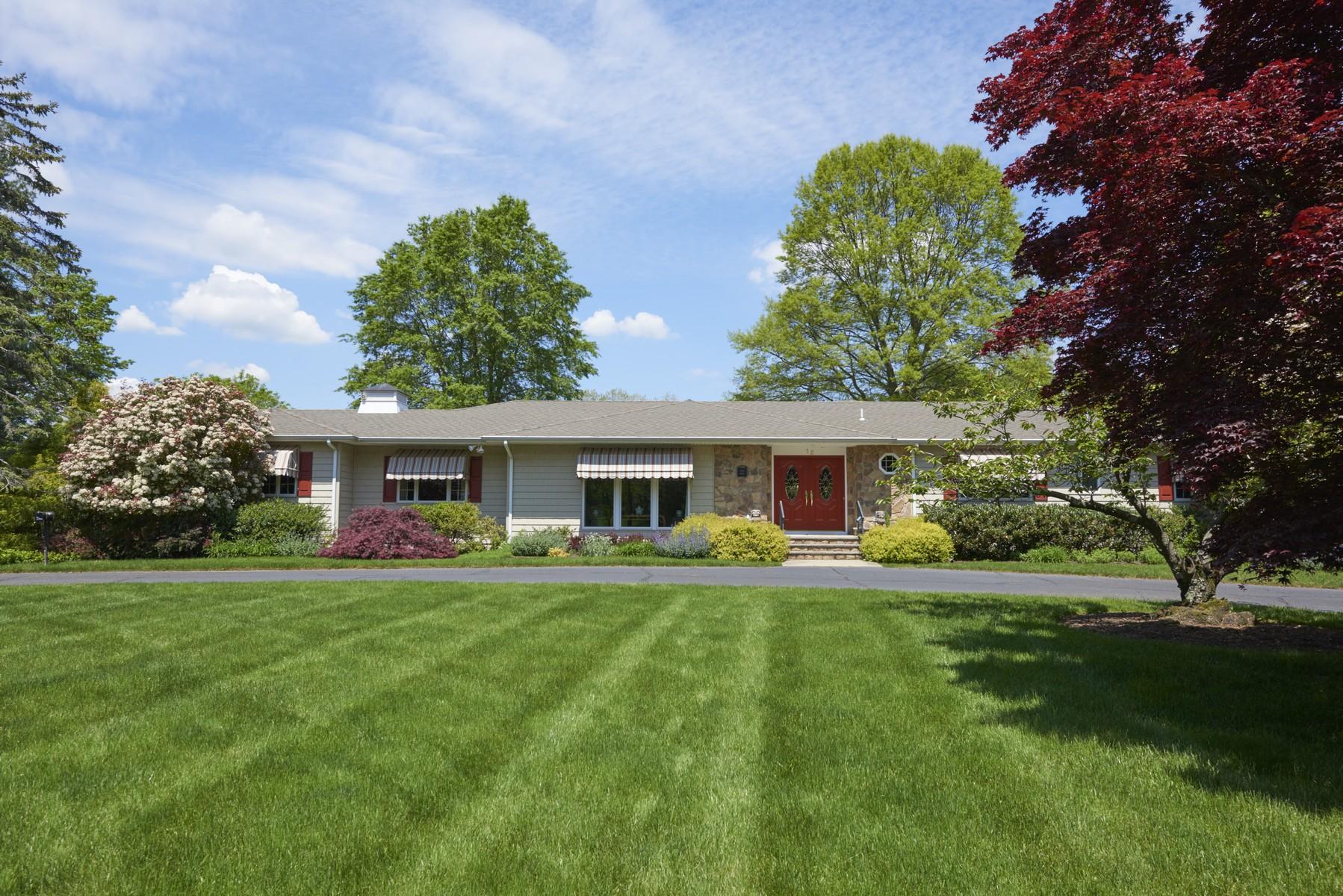 Частный односемейный дом для того Продажа на Home Sweet Home 12 Woodside Drive Rumson, Нью-Джерси, 07760 Соединенные Штаты