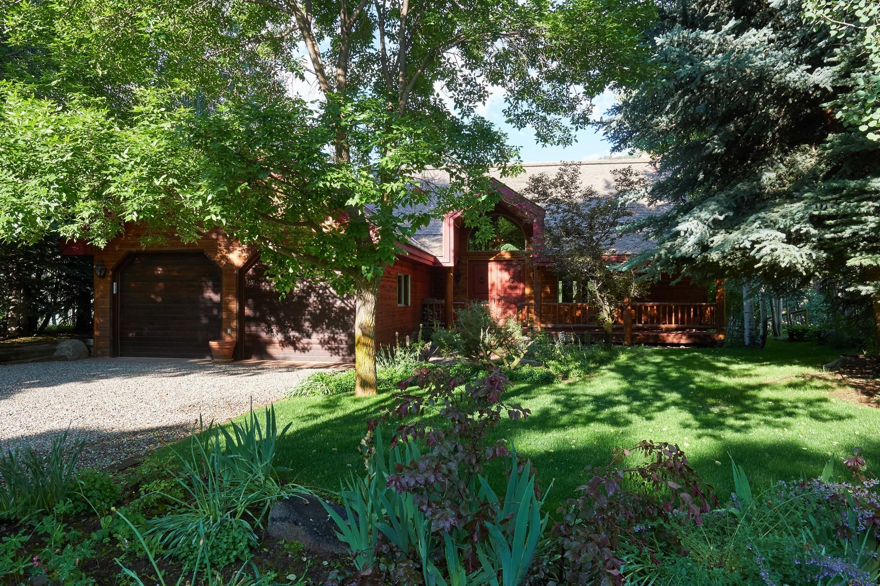 Maison unifamiliale pour l Vente à Riverside Tranquility 109 S. Little Texas Lane Woody Creek, Colorado 81656 États-Unis