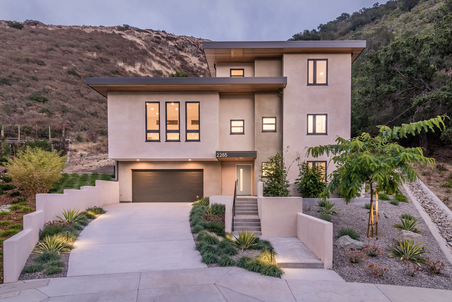 Single Family Home for Sale at Brand New Contemporary Residence 2285 San Luis Drive San Luis Obispo, California, 93401 United States