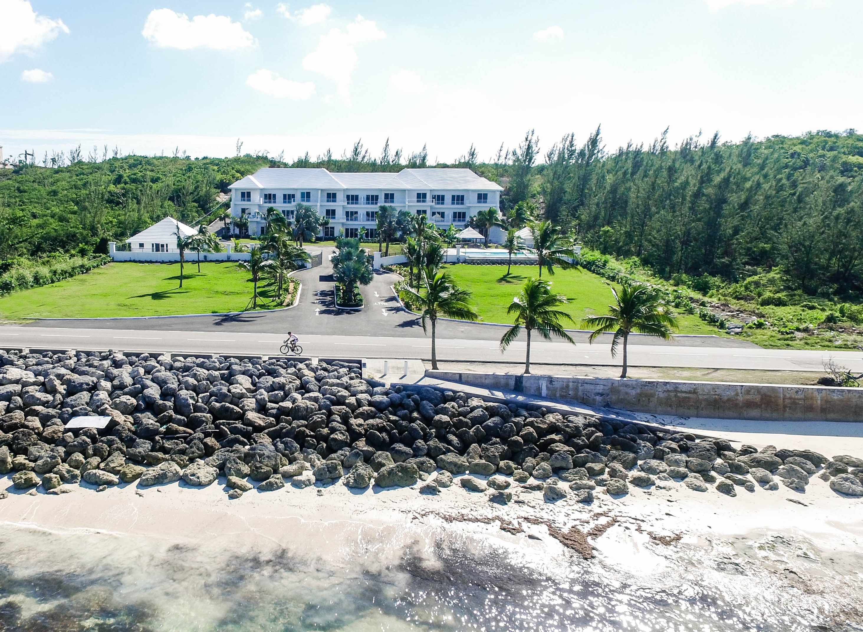 Townhouse for Sale at Ocean Terraces, Penthouse Suite #3 West Bay Street, Nassau And Paradise Island Bahamas