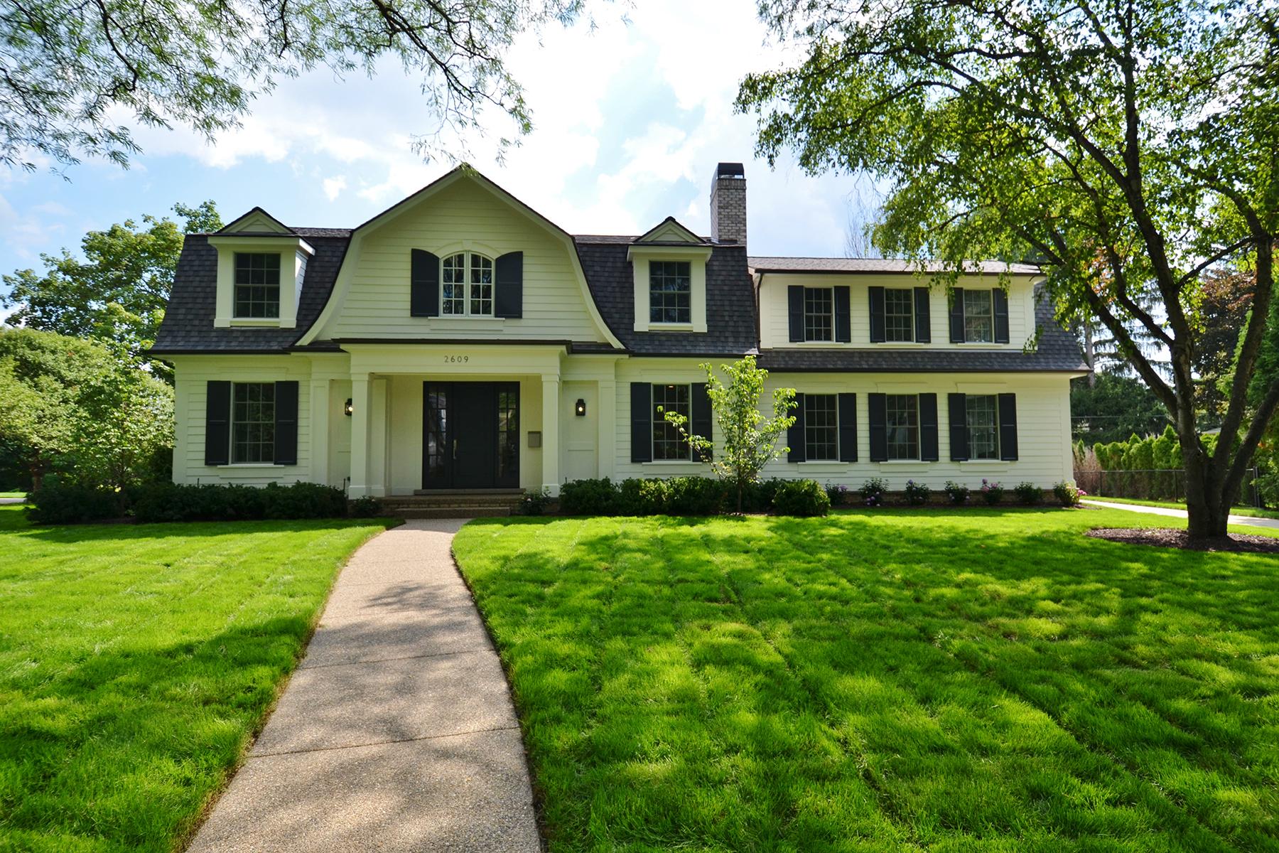 Nhà ở một gia đình vì Bán tại Bloomfield 2609 Covington Place Bloomfield, Michigan, 48301 Hoa Kỳ
