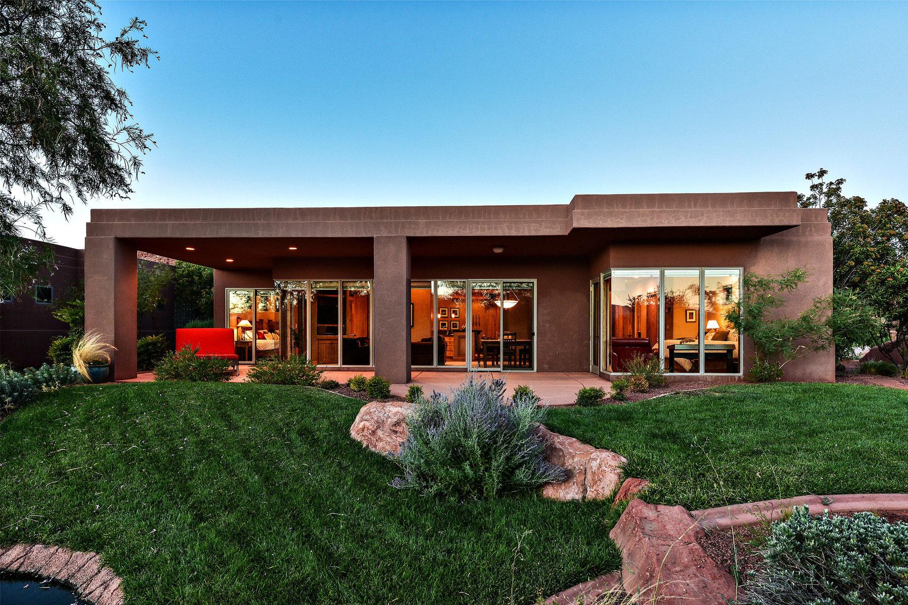 Nhà ở một gia đình vì Bán tại Cozy Desert Home in Entrada 2410 W Entrada Trl #52 St. George, Utah 84770 Hoa Kỳ