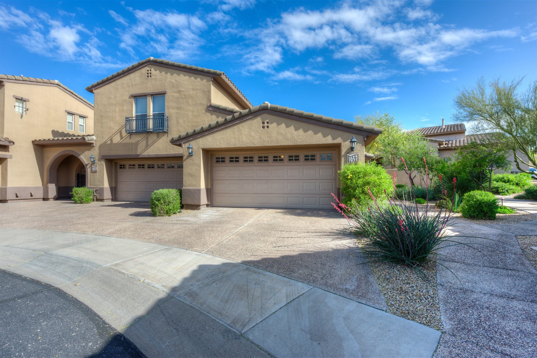 Townhouse for Sale at Avian townhome in the guard gate of Grayhawk's Raptor Retreat 20802 N Grayhawk Dr #1057 Scottsdale, Arizona, 85255 United States