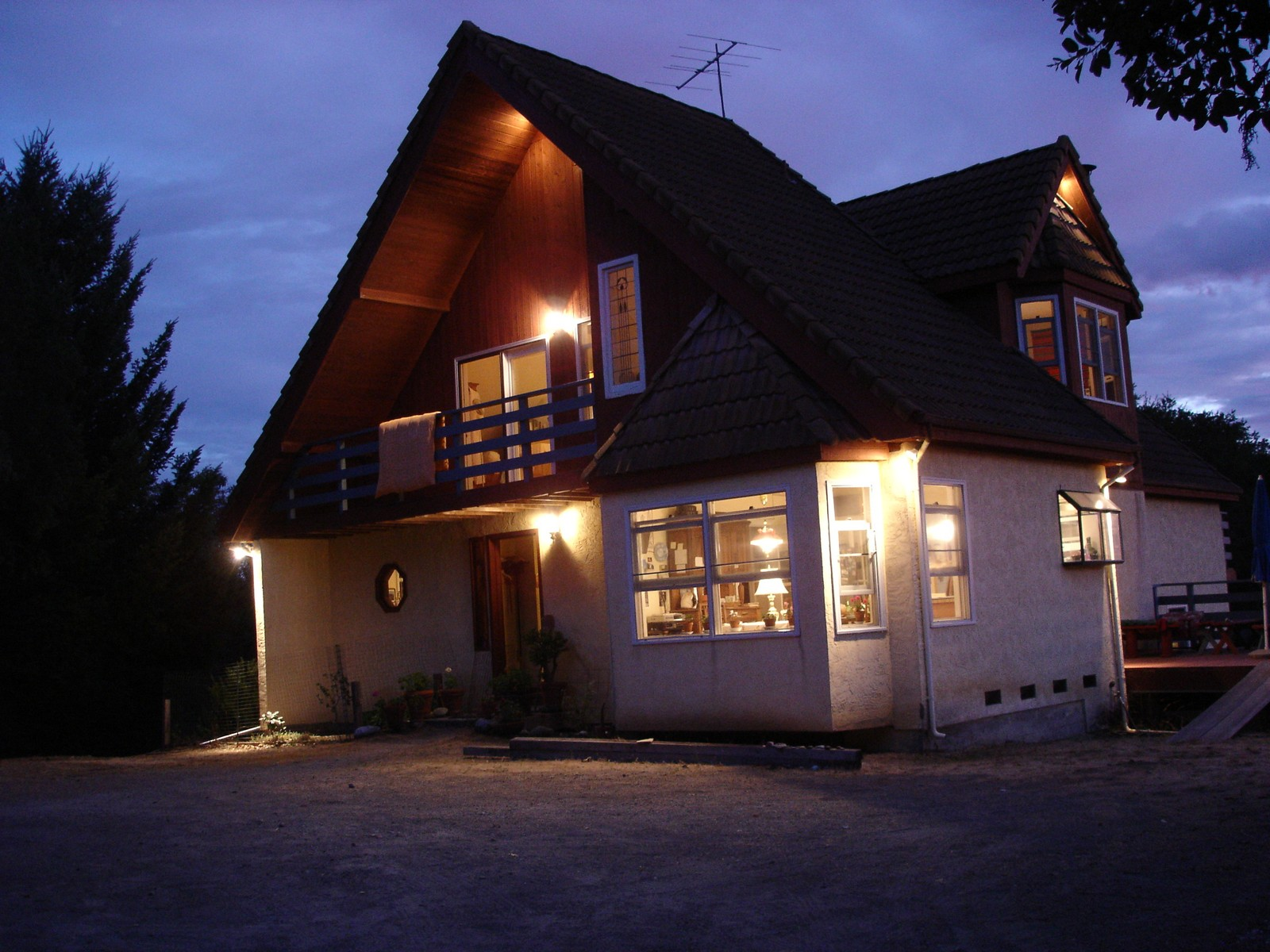 Villa per Vendita alle ore 10+- Acre Riebli Valley Country Property 5225 Winter Creek Road Santa Rosa, California, 95404 Stati Uniti