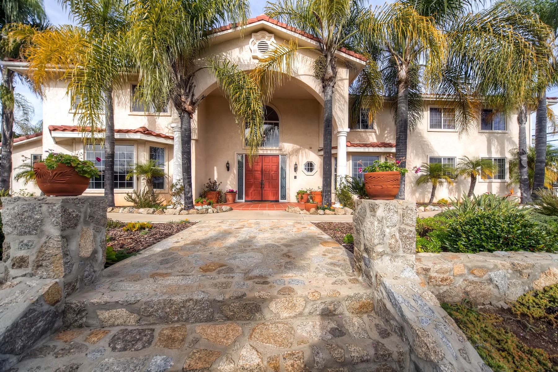 Maison unifamiliale pour l Vente à 28440 Mountain Meadow Road Escondido, Californie 92026 États-Unis
