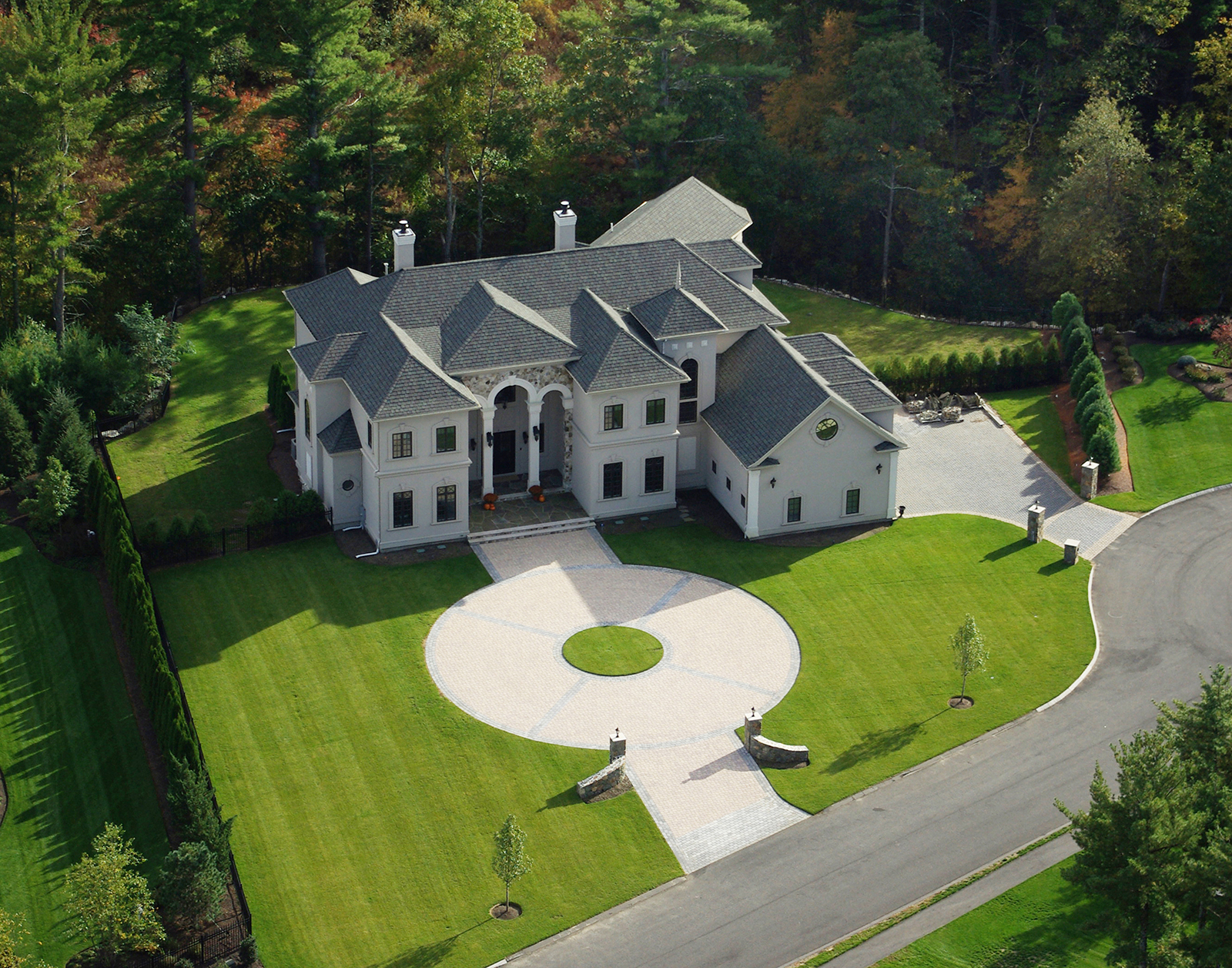 Single Family Home for Sale at Magnificent custom-built villa constructed in 2007. 2 Warren Drive Middleton, Massachusetts, 01949 United States