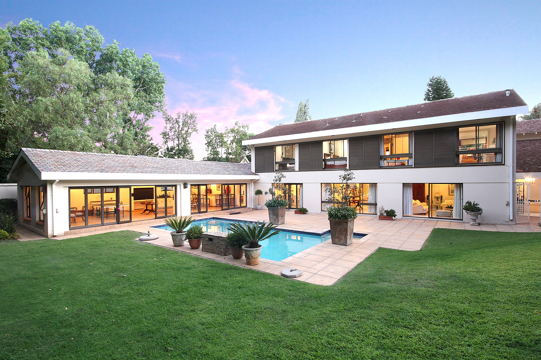 Villa per Vendita alle ore A house in Athol Atholl, Johannesburg, Gauteng Sudafrica