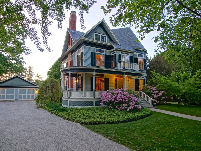 Property For Sale at Queen Anne Style Colonial Revival Victoran