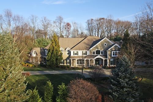 sales property at Spectacular