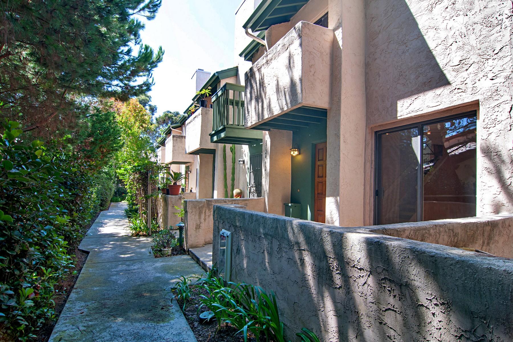 Appartement en copropriété pour l Vente à 8724 Villa La Jolla Drive 92 San Diego, Californie 92101 États-Unis