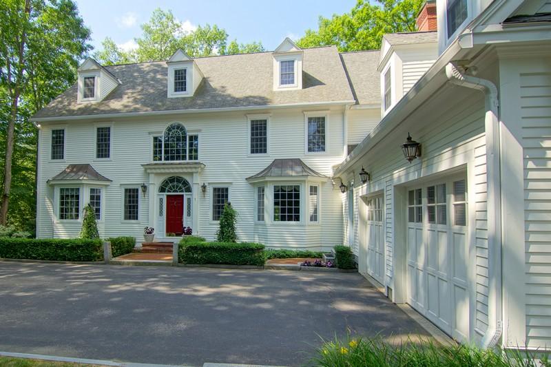 Einfamilienhaus für Verkauf beim 7 Wingate Court Stratham, New Hampshire 03885 Vereinigte Staaten