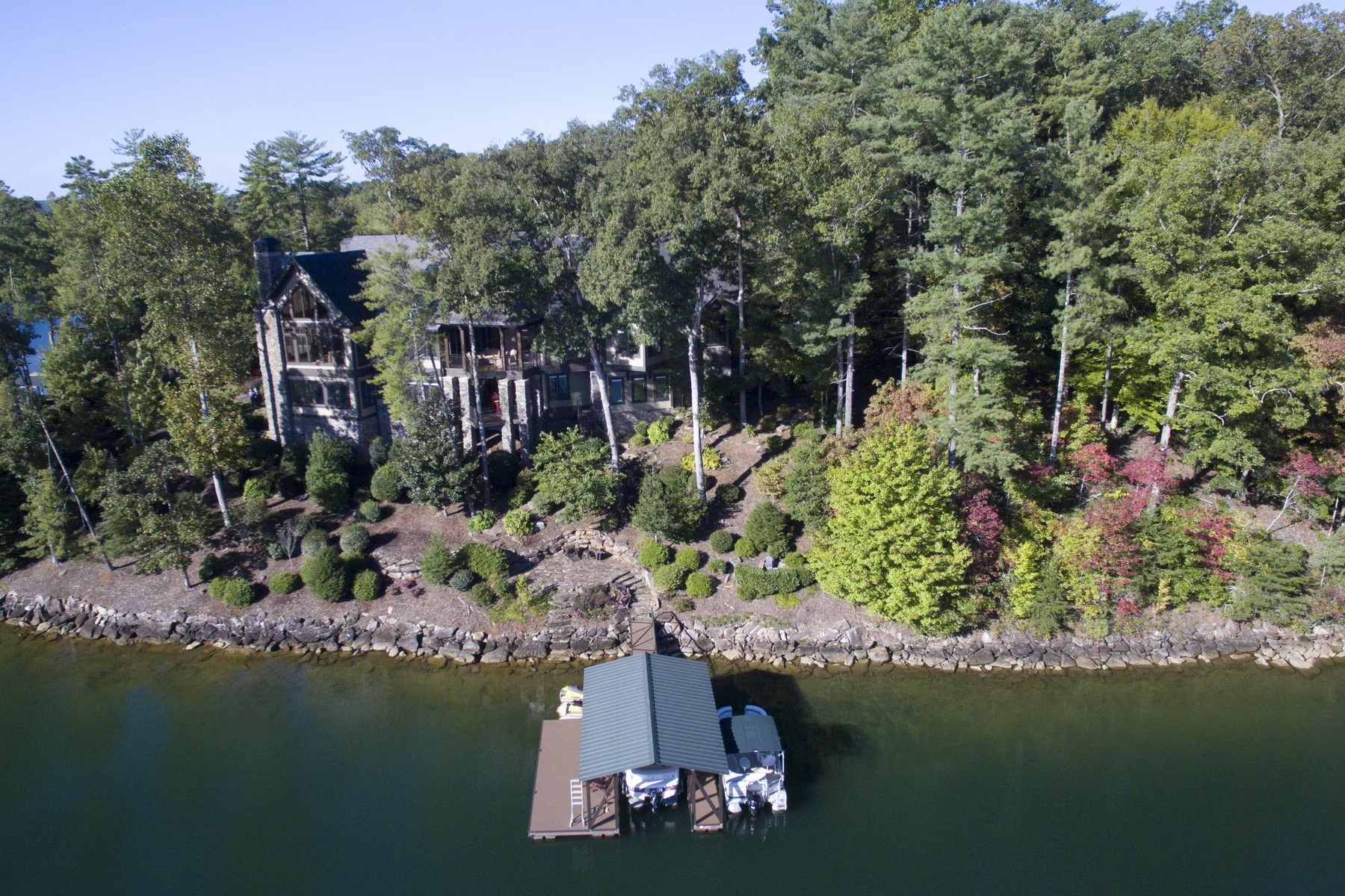 Single Family Home for Sale at Outstanding Lakeside Retreat With Breathtaking Views From a Superb Peninsula 107 Nine Bark Way The Cliffs At Keowee Vineyards, Sunset, South Carolina, 29685 United States