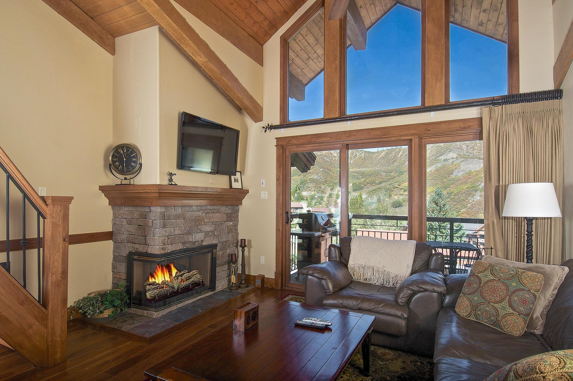 Copropriété pour l Vente à The Location You Have Been Looking For! 400 Wood Road, Unit 2302 Snowmass Village, Colorado, 81615 États-Unis