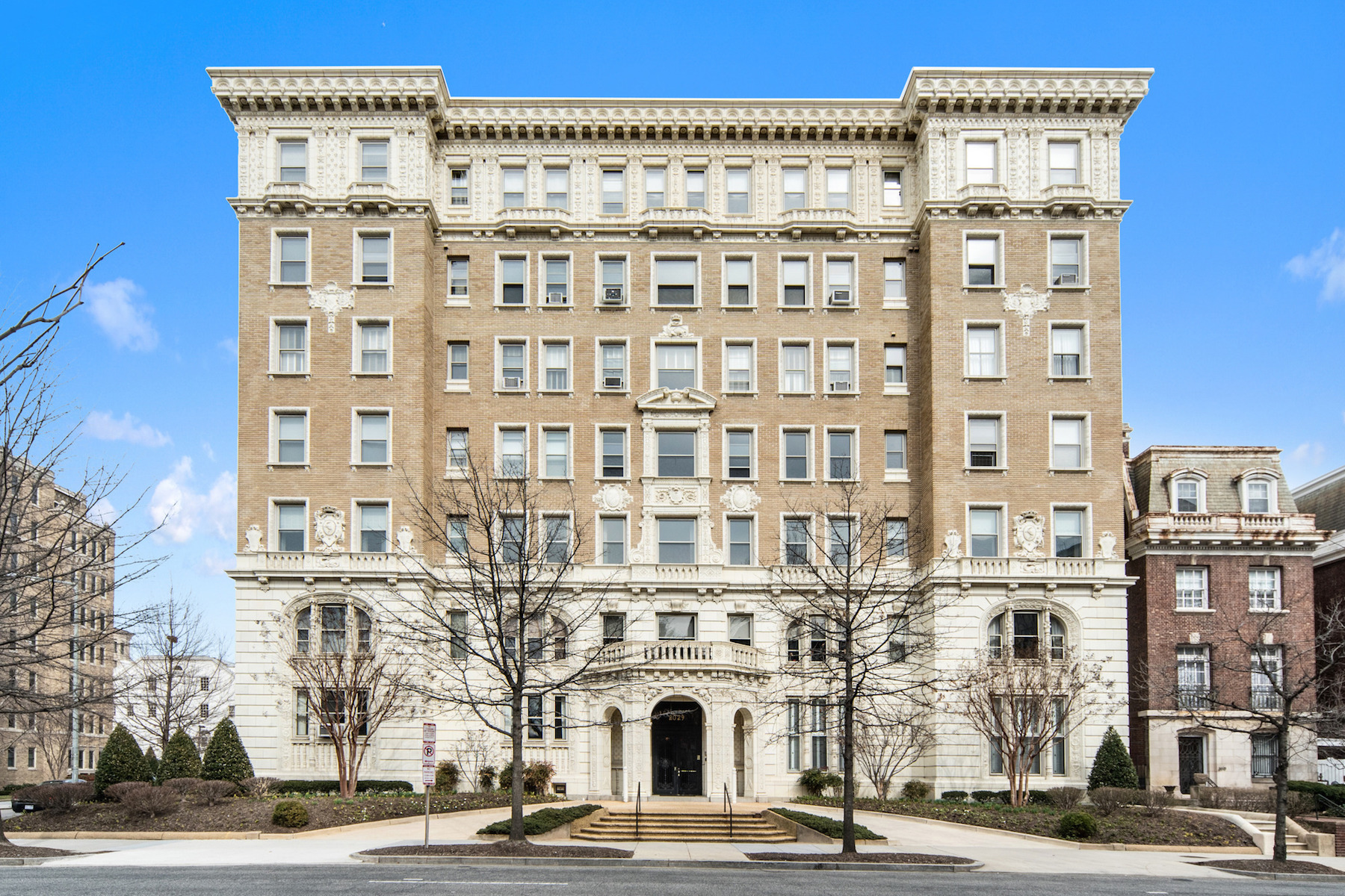 Condominium for Sale at Kalorama 2029 Connecticut Avenue Nw 52 Washington, District Of Columbia 20008 United States