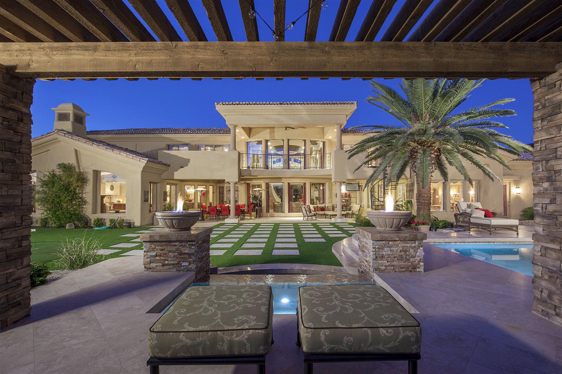 Einfamilienhaus für Verkauf beim Incredibly Designed Custom Home 11571 E Cochise Drive Scottsdale, Arizona 85259 Vereinigte Staaten