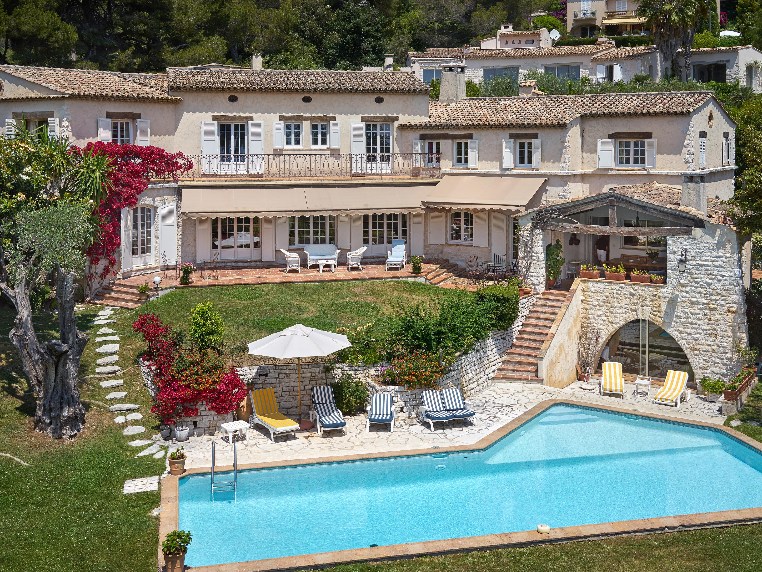 Single Family Home for Sale at Wonderful bastide overlooking the bay of Cannes with panoramic sea views Cannes, Provence-Alpes-Cote D'Azur 06400 France