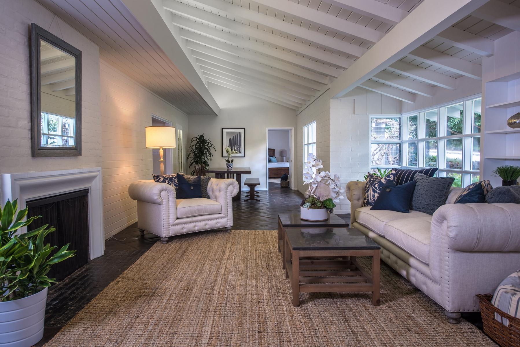 Single Family Home for Sale at 720 Camino De La Costa La Jolla, California, 92037 United States