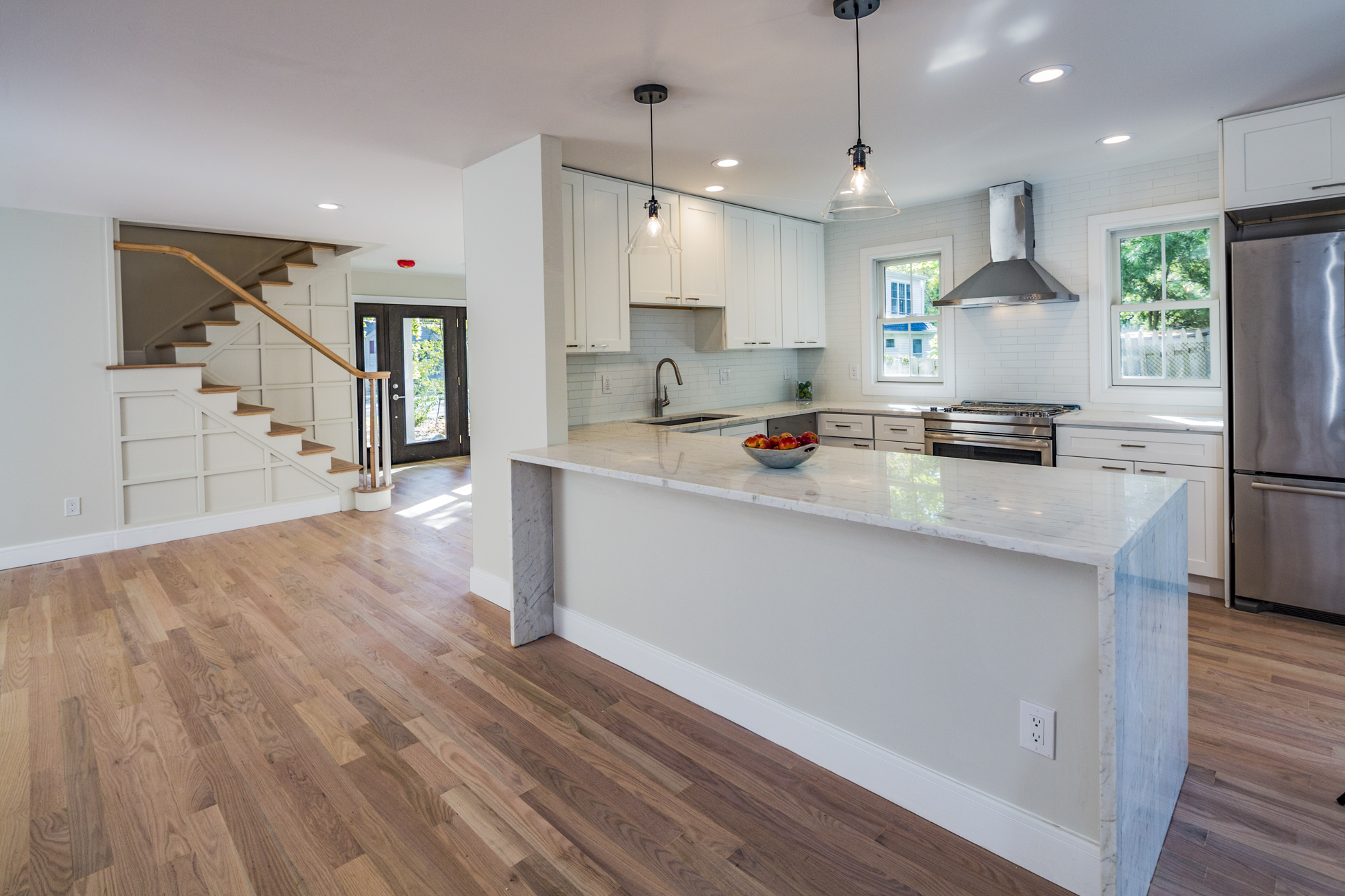 Additional photo for property listing at Beautiful New Construction Close to Downtown 12 Rollingmead Street Princeton, Нью-Джерси 08540 Соединенные Штаты