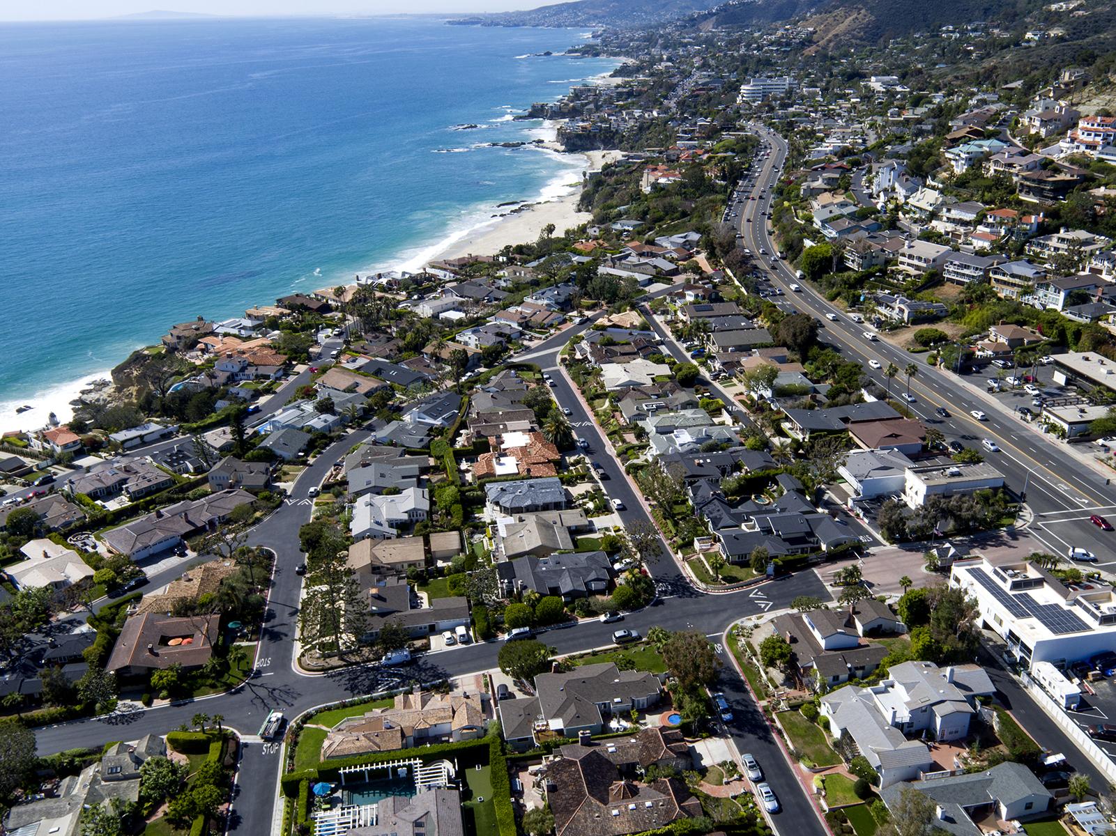 Casa Unifamiliar por un Venta en 1 S. Encino Laguna Beach, California, 92651 Estados Unidos