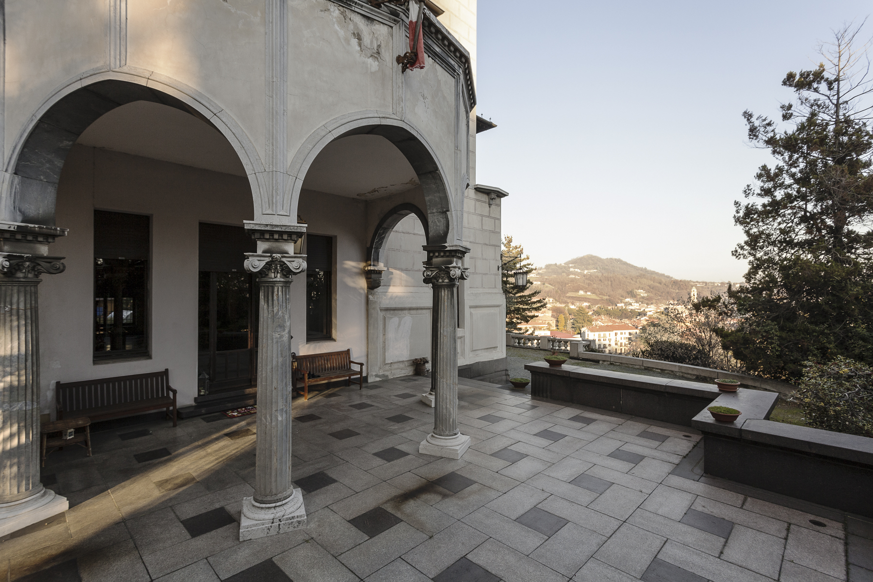 Additional photo for property listing at Beautiful Liberty Style Villa Via Galileo Galilei, 45 Biella, Biella 15900 Italien