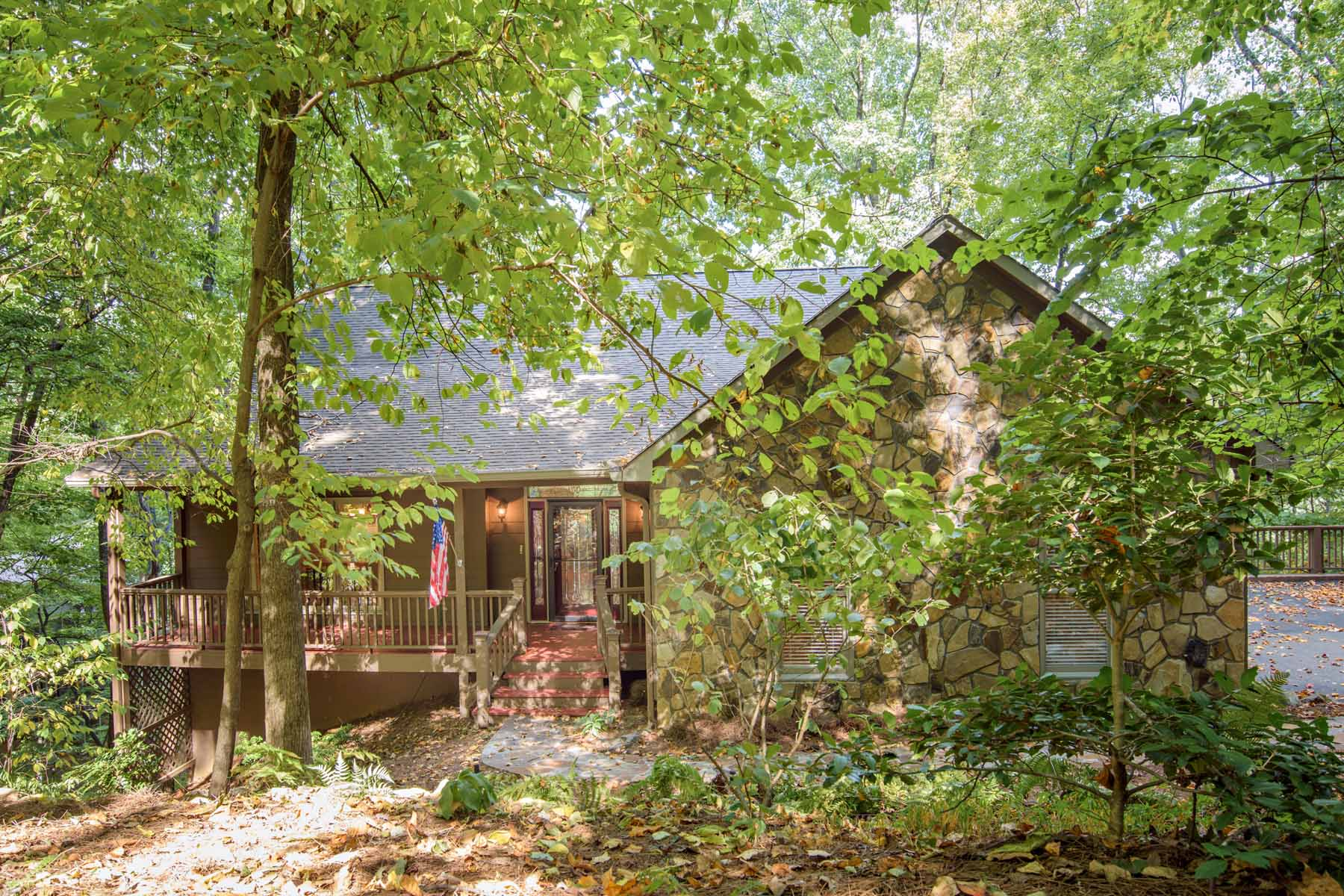 Single Family Home for Sale at Horshoe Pit with Home and Mountain View 367 Hickory Trail Big Canoe, Georgia, 30143 United States