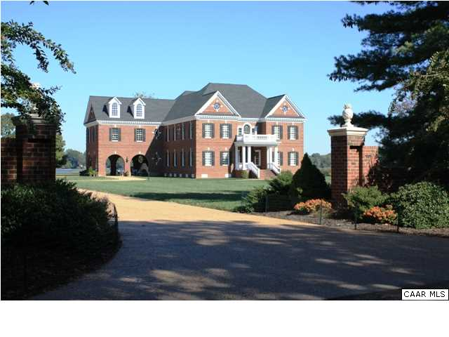 Single Family Home for Sale at Cranefield 8473 BAILEY'S WHARF RD Gloucester, Virginia 23061 United States
