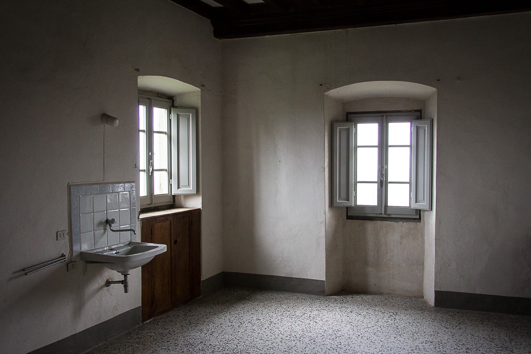 Additional photo for property listing at Outstanding historic convent with lands Pistoia Pistoia, Pistoia 51100 Italie