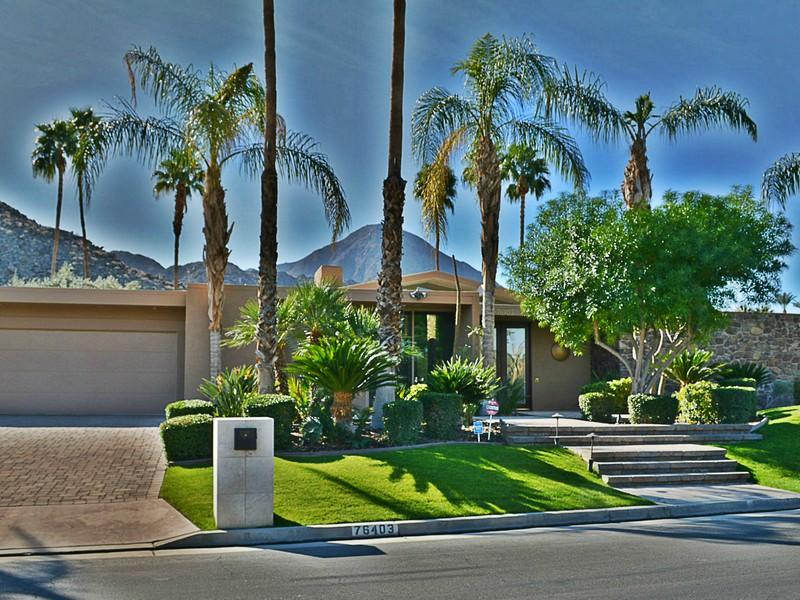 Einfamilienhaus für Verkauf beim 76403 Fairway Drive Indian Wells, Kalifornien 92210 Vereinigte Staaten