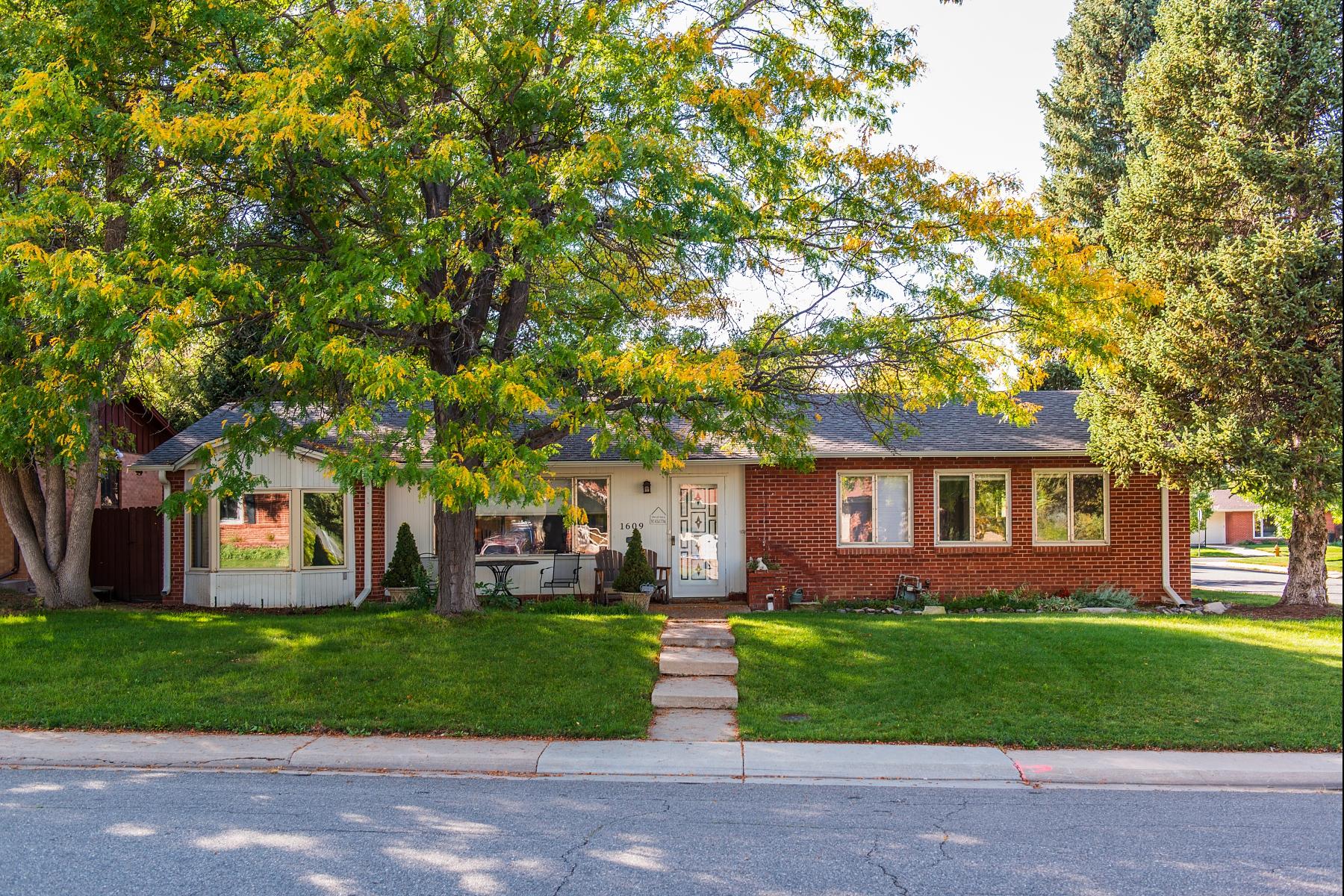 Single Family Home for Sale at Pristine corner lot! 1609 South Forest Street Virginia Village, Denver, Colorado 80222 United States