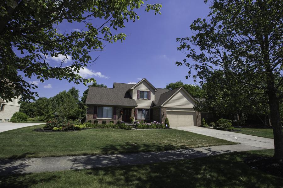 Maison unifamiliale pour l Vente à Canton Township 47326 Northgate Canton, Michigan, 48188 États-Unis