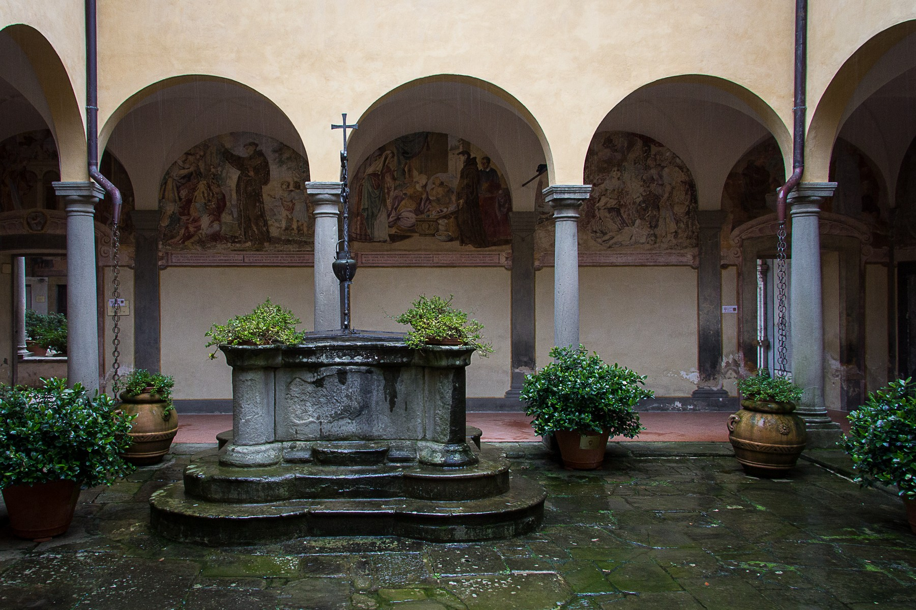 Additional photo for property listing at Outstanding historic convent with lands Pistoia Pistoia, Pistoia 51100 Italia