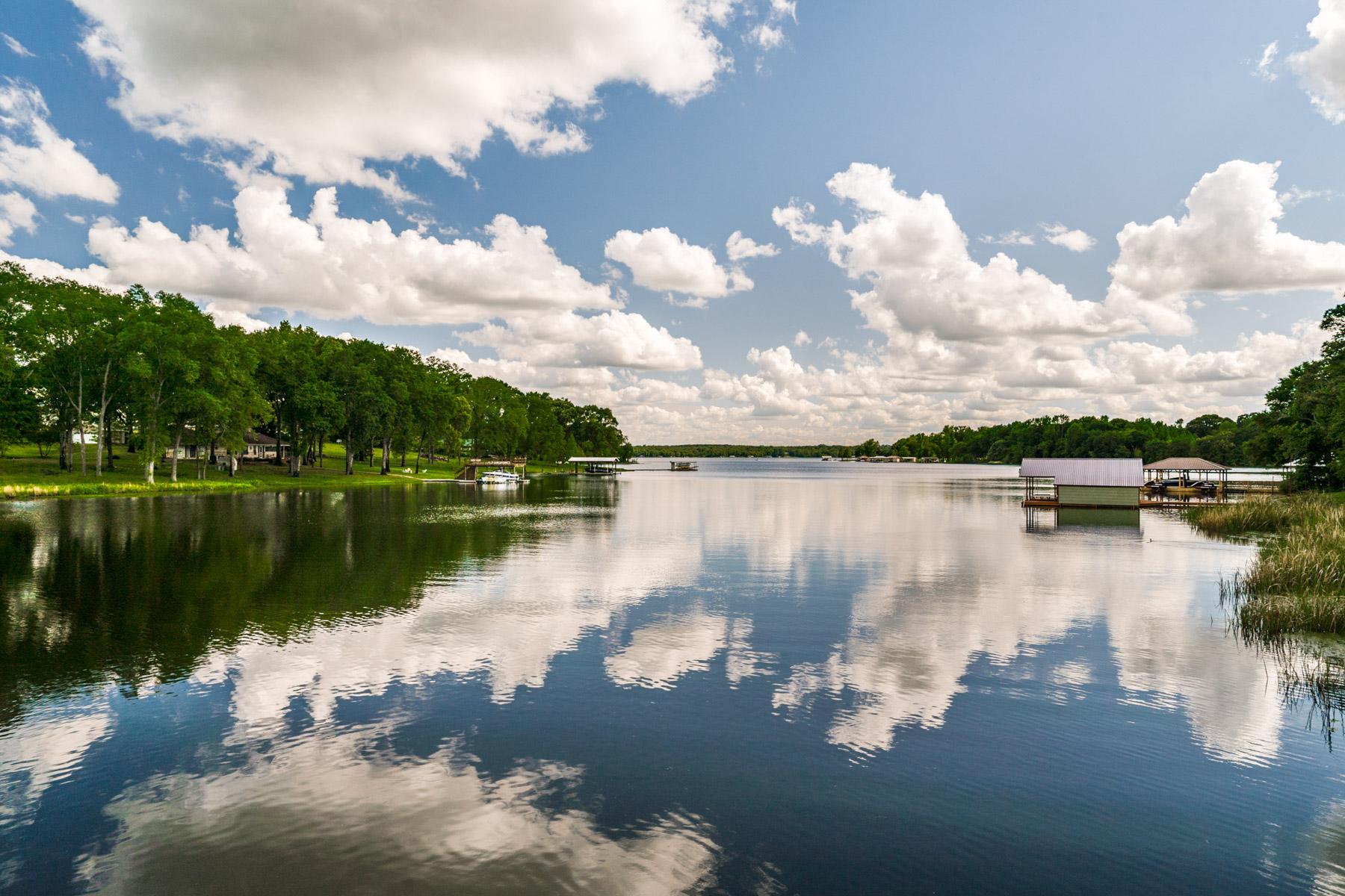 Vivienda unifamiliar por un Venta en Lake Athens Waterfront 1773 Loise Ln Athens, Texas 75752 Estados Unidos