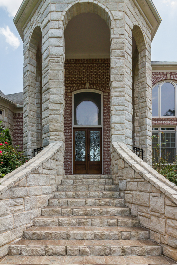 Additional photo for property listing at Breathtaking Custom Home 2328 Spencers Way Stone Mountain, 조지아 30087 미국