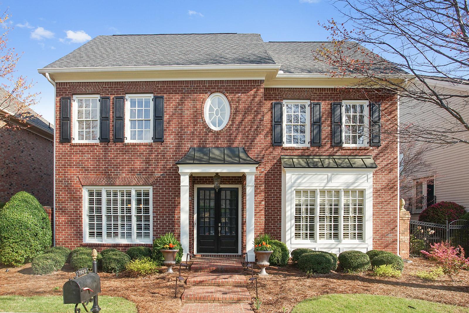 獨棟家庭住宅 為 出售 在 All Brick - Master on Main in Beautiful Palisades 1020 Ambrose Avenue Alpharetta, 喬治亞州, 30022 美國