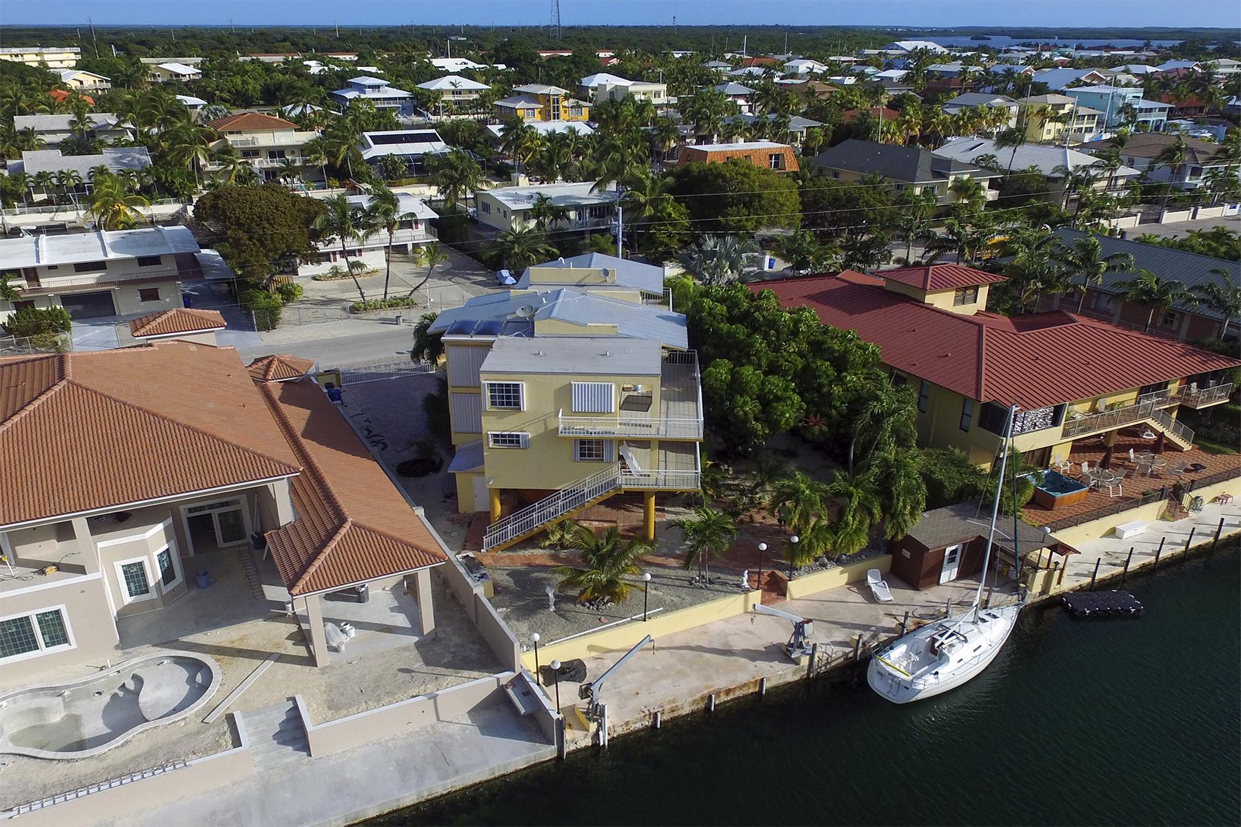 Κτίριο με ξεχωριστά διαμερίσματα για πολλές οικογένειες για την Πώληση στο Port Largo Waterfront Duplex 263 Saint Thomas Ave Key Largo, Φλοριντα 33037 Ηνωμενεσ Πολιτειεσ