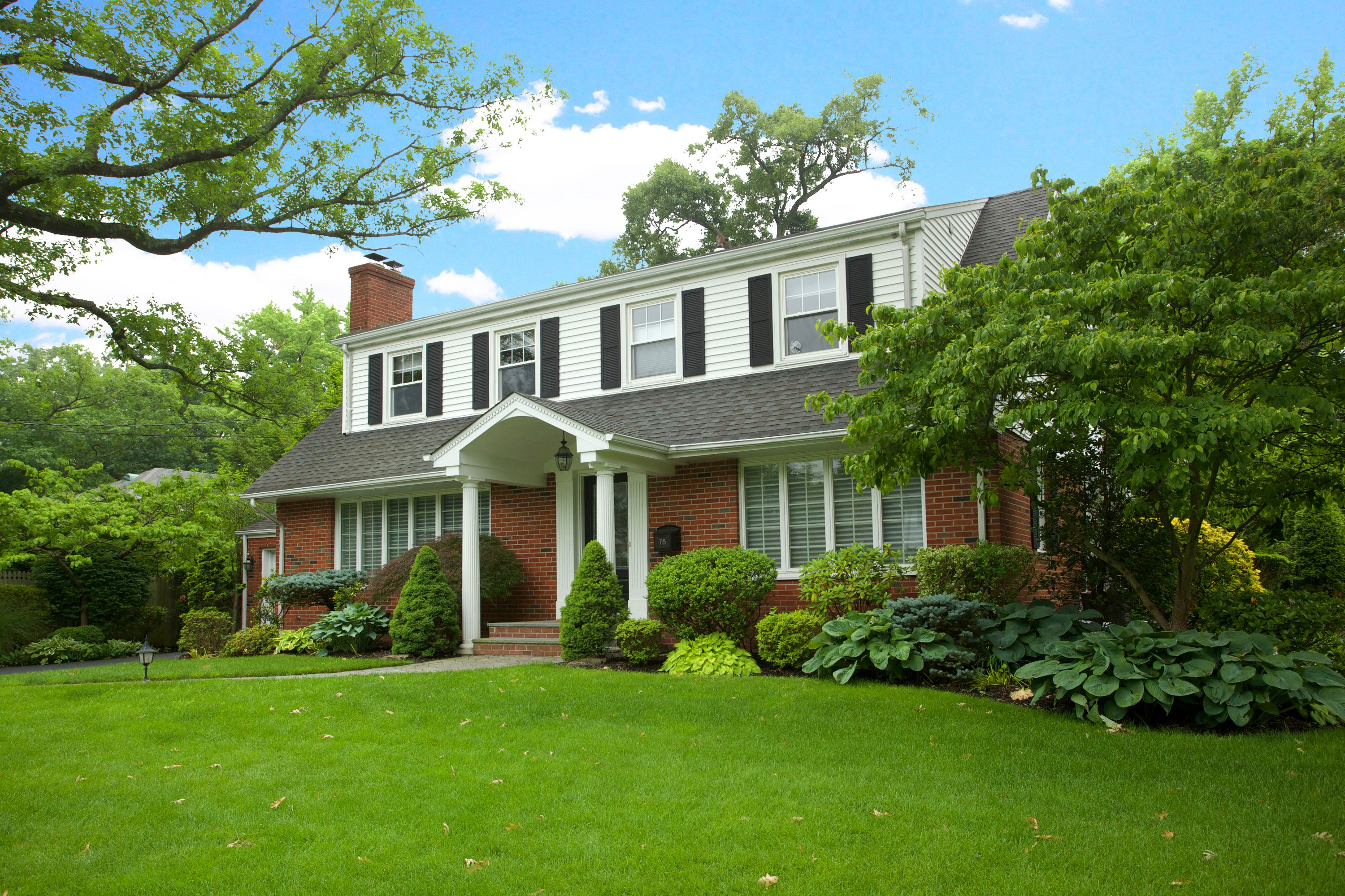Single Family Home for Sale at East Hill Colonial 78 Briarcliff Rd Tenafly, New Jersey 07670 United States