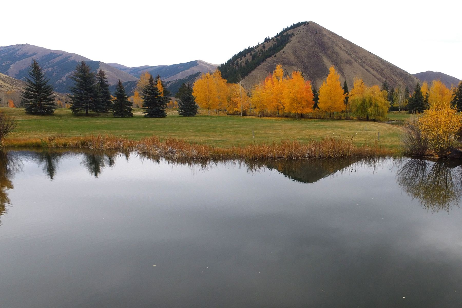 Additional photo for property listing at Golden Eagle Best Value 125 Foothill Drive Ketchum, Idaho 83340 Estados Unidos
