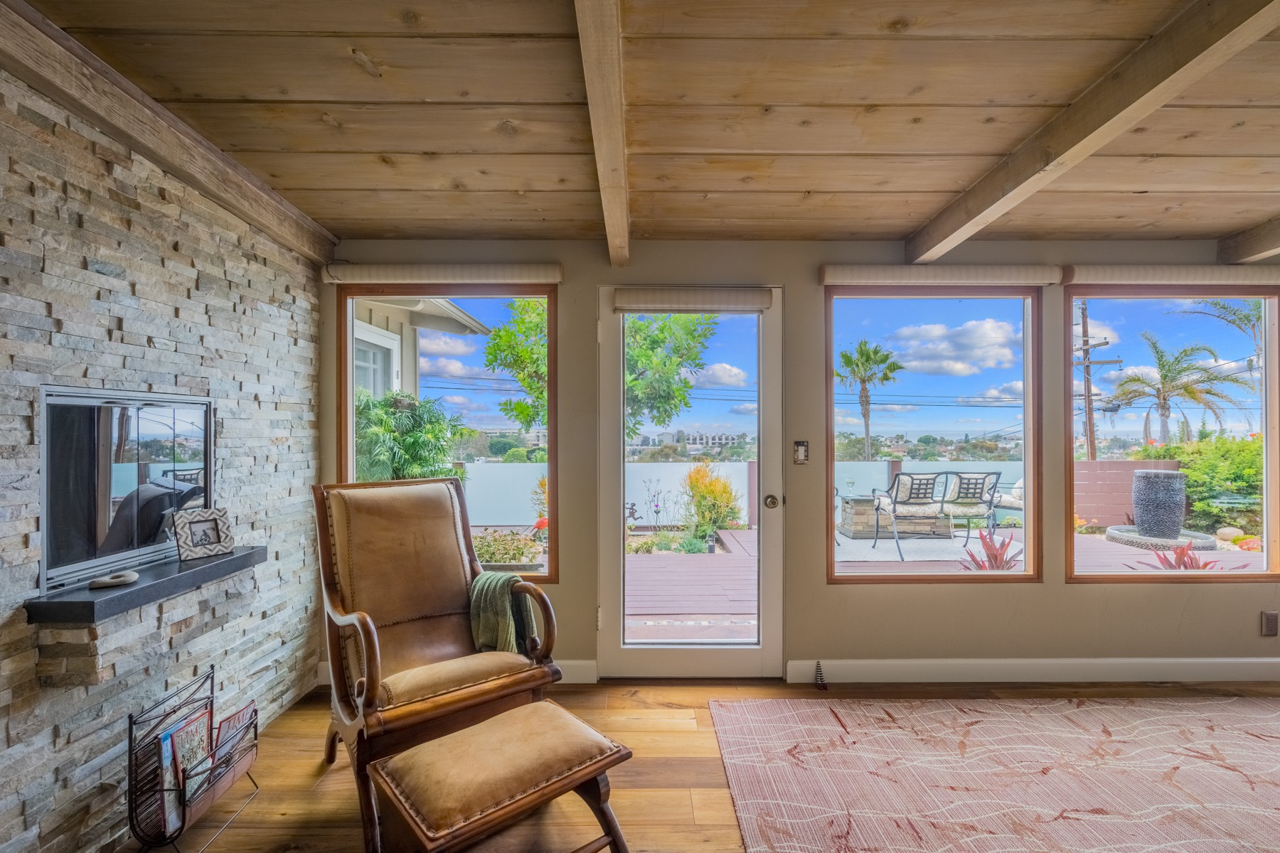 Additional photo for property listing at 47 Briggs Street  Encinitas, California 92024 United States
