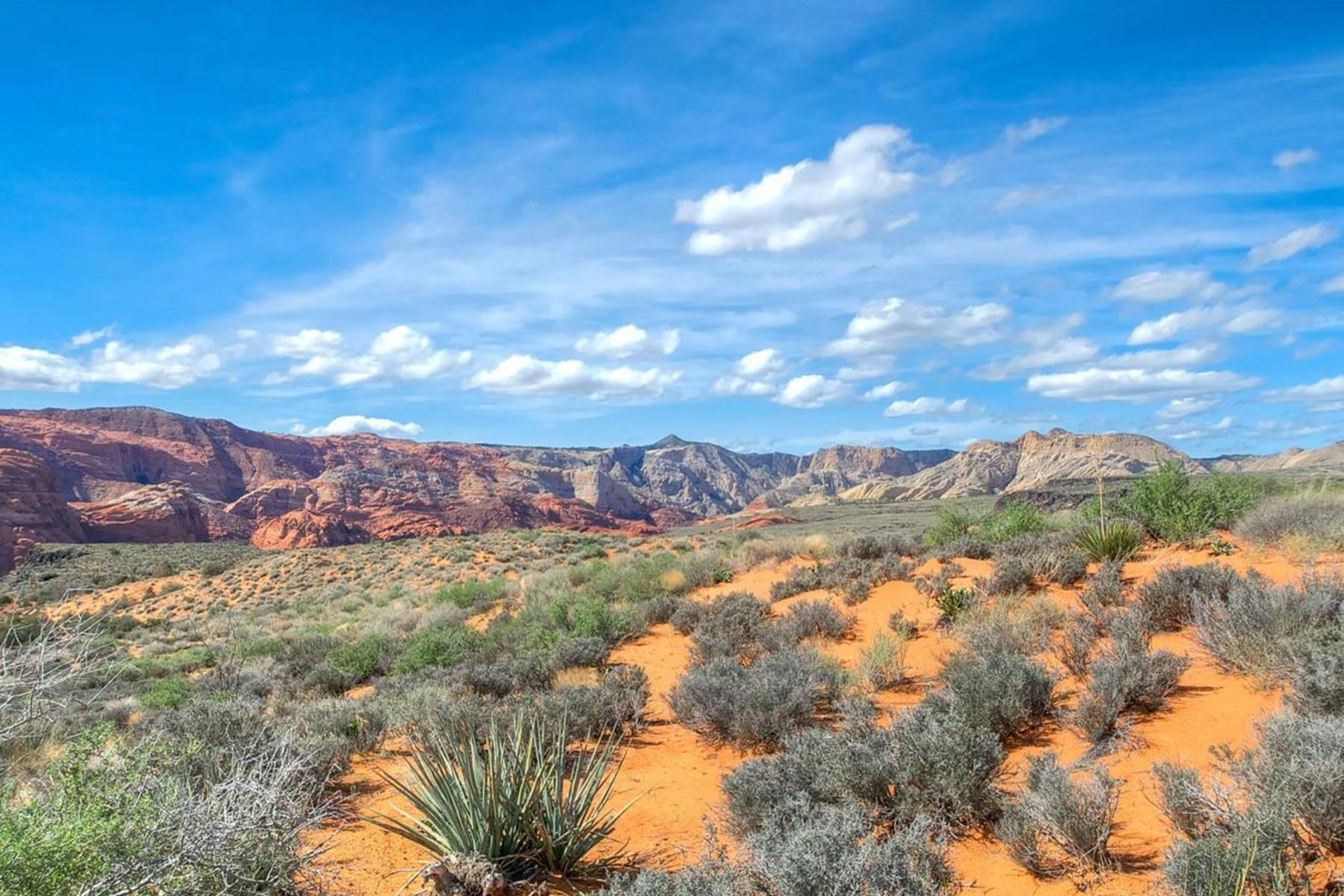 Terreno per Vendita alle ore Red Mountains and Snow Canyon Views! Lot 3 Painted Sky Dr St. George, Utah, 84770 Stati Uniti