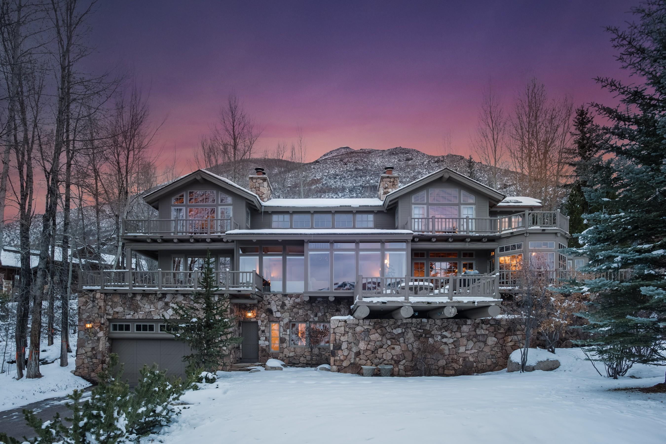 Maison unifamiliale pour l Vente à Red Mountain Views 395 E. Reds Road Aspen, Colorado, 81611 États-Unis