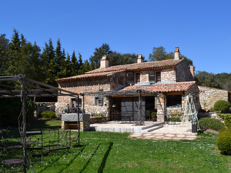 Moradia para Venda às Authentic country house in Ampus Other Provence-Alpes-Cote D'Azur, Provença-Alpes-Costa Azul 83111 França
