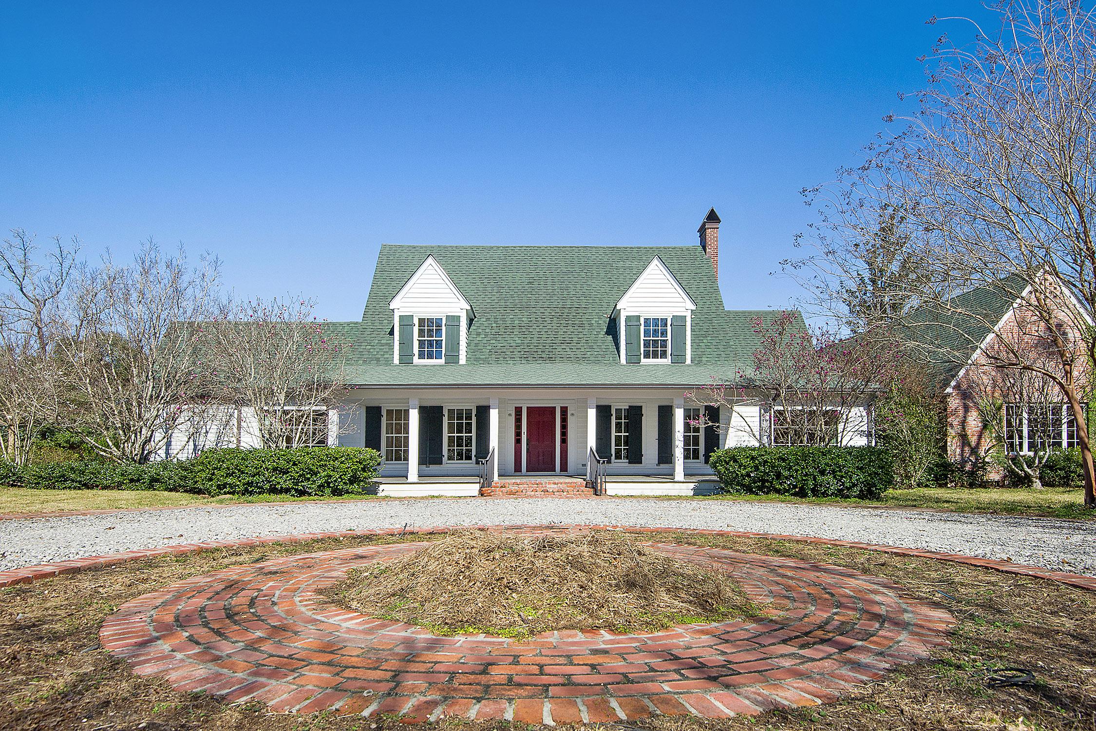 独户住宅 为 销售 在 48095 Highway 16 富兰克林敦, 路易斯安那州, 70438 美国