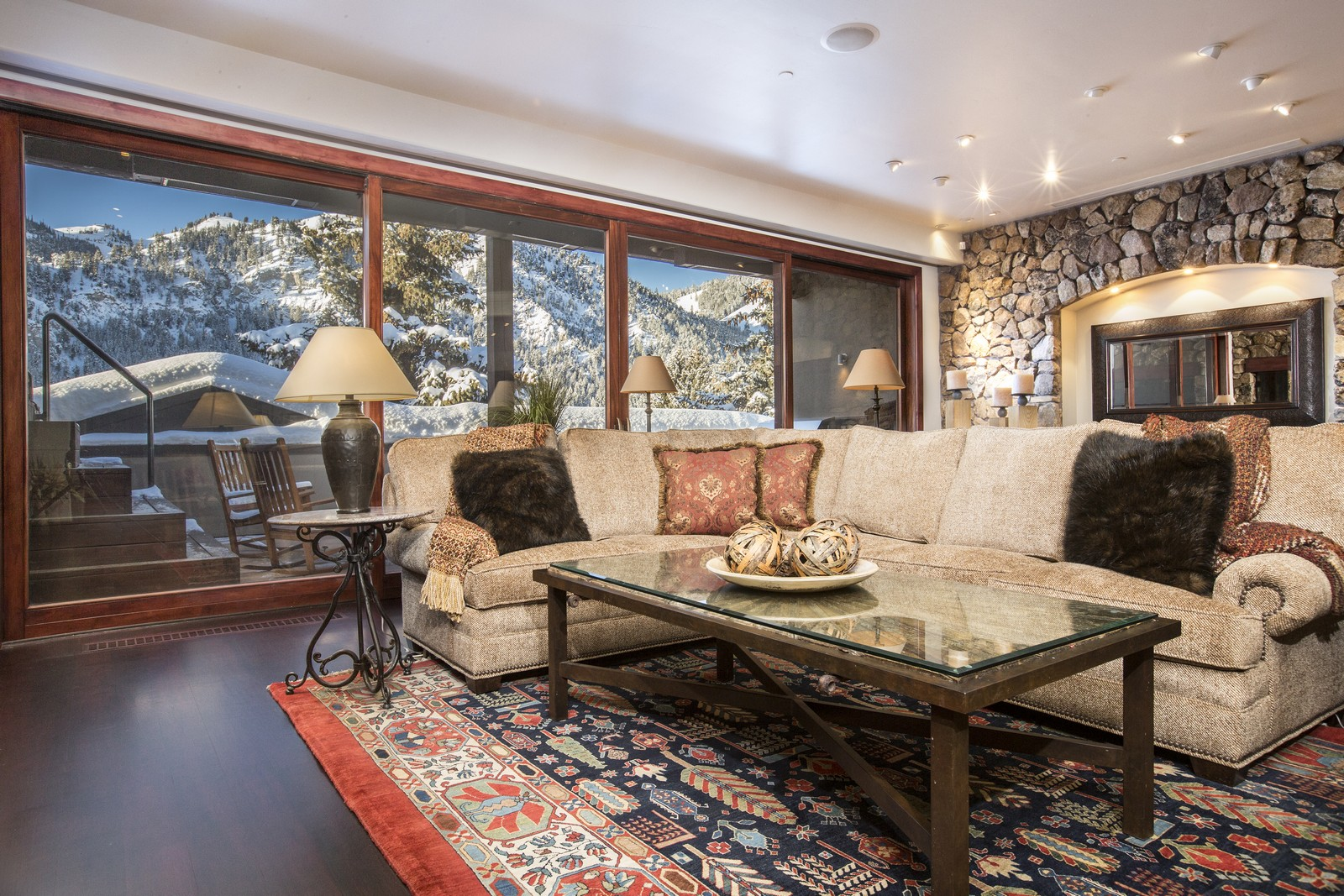 Condominio por un Venta en Elevating Expectations 120 N. 2nd Ave 301 Ketchum, Idaho 83340 Estados Unidos