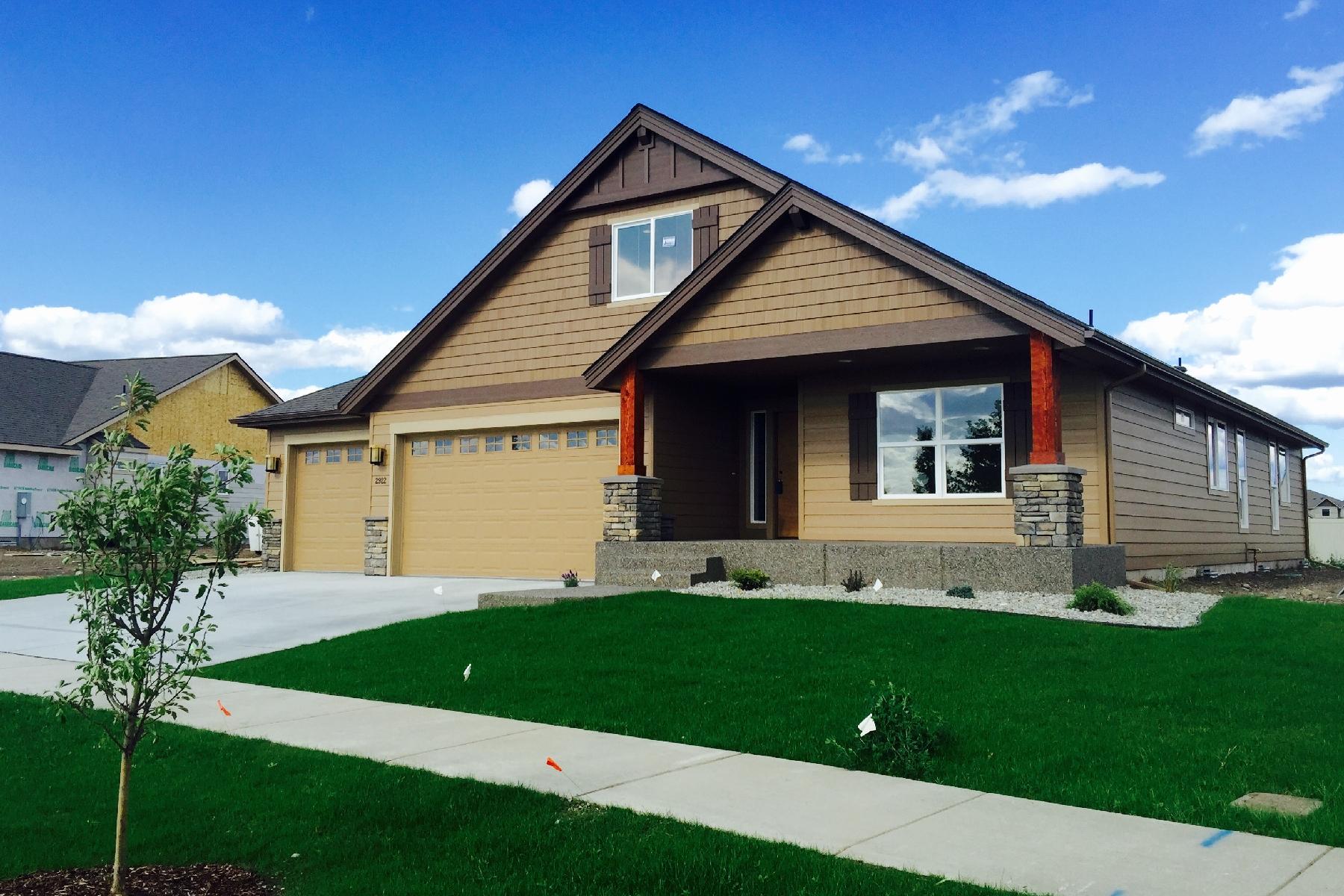 단독 가정 주택 용 매매 에 The Finest New Construction Parkside Home 2922 N Bunchgrass Post Falls, 아이다호 83854 미국