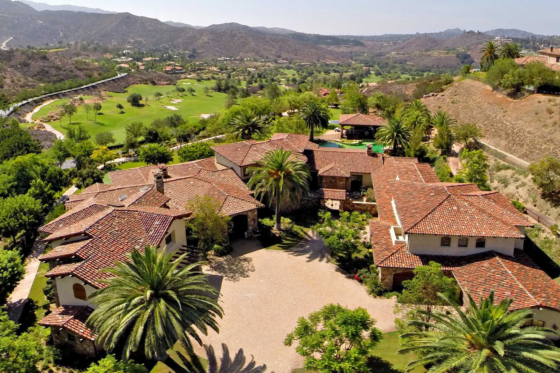 Single Family Home for Sale at 18520 Old Coach Drive Poway, California 92064 United States