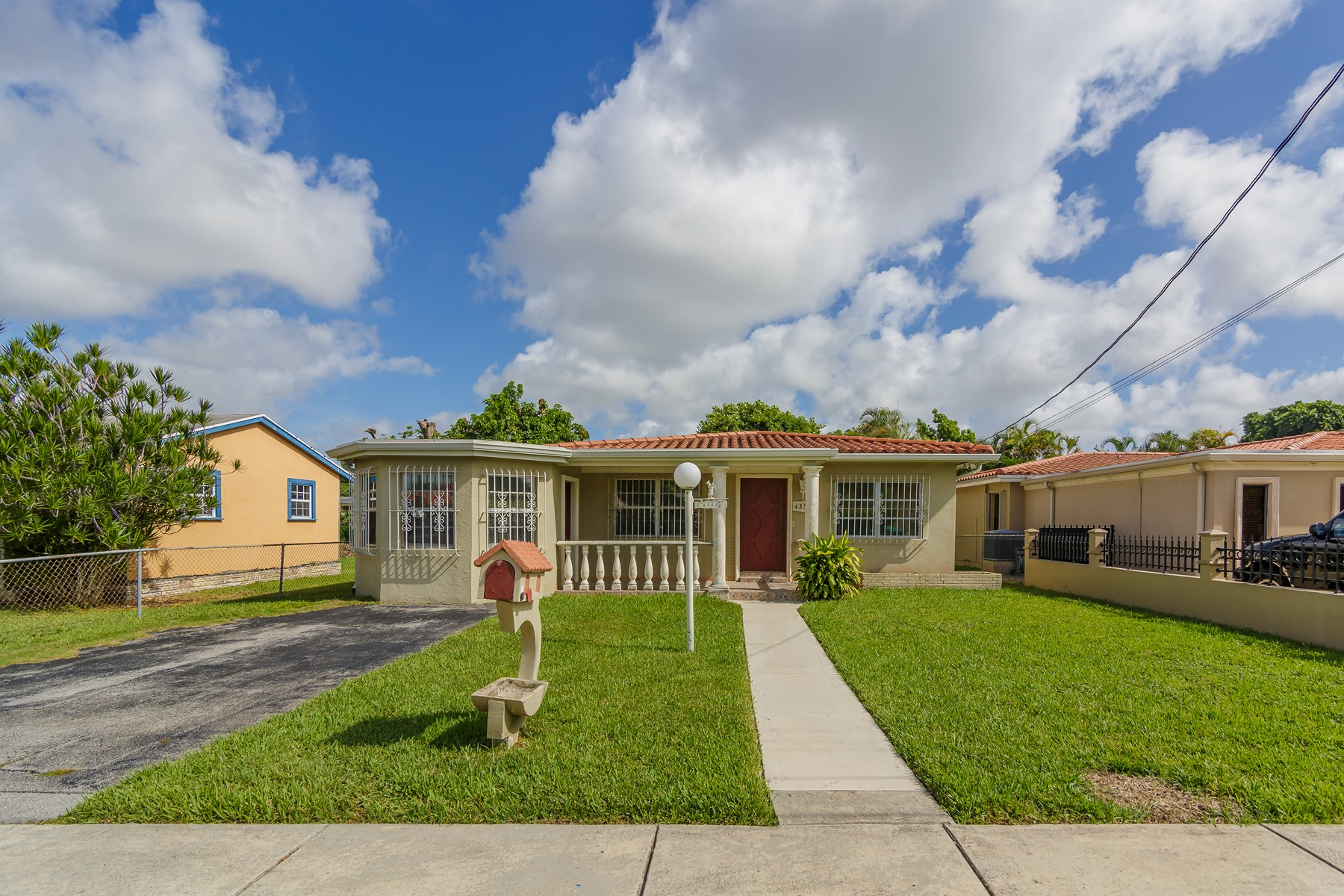 Single Family Home for Sale at 6355 SW 23 St Miami, Florida 33155 United States
