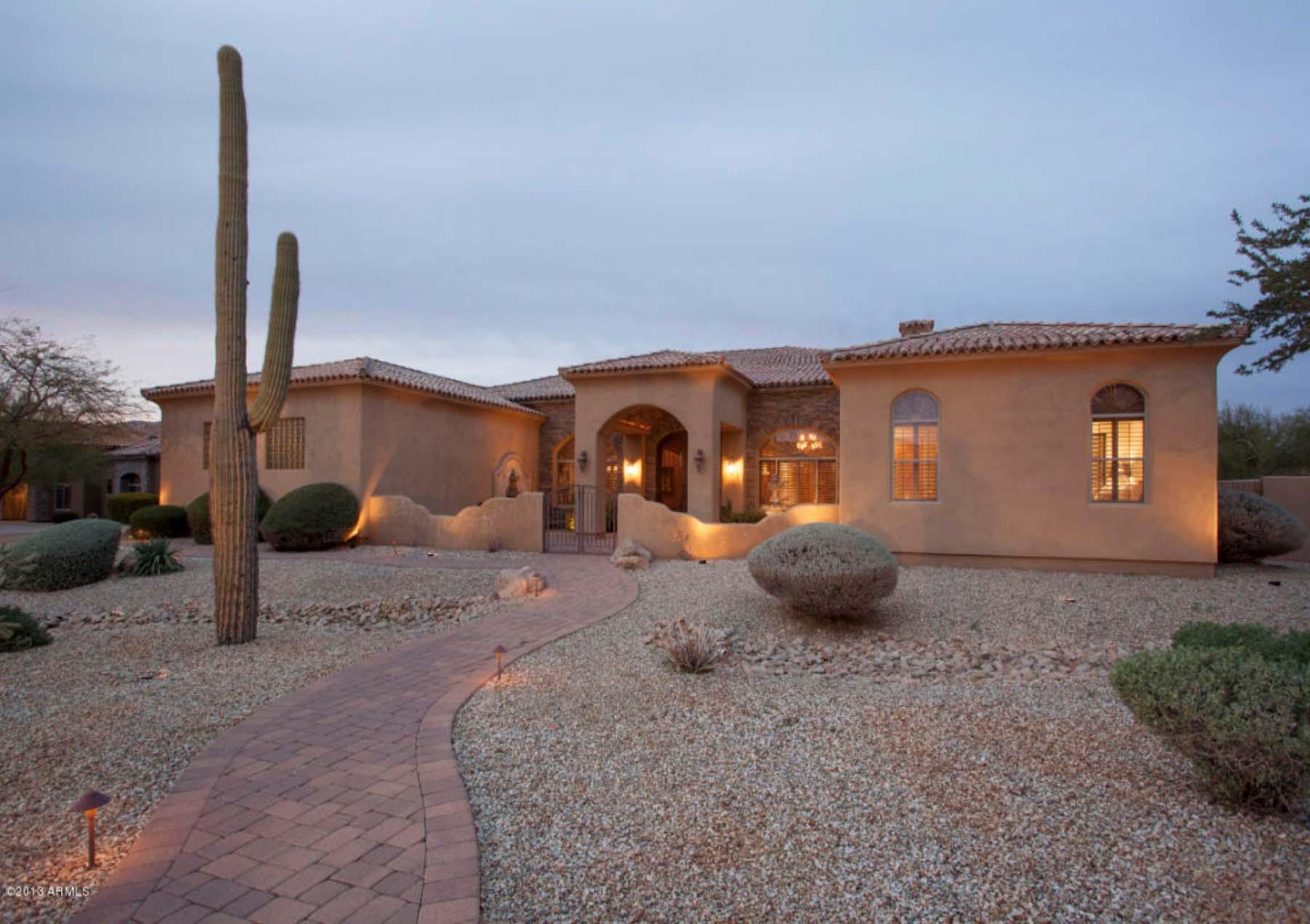 Casa Unifamiliar por un Venta en Tuscan inspired custom home. 6828 E Monterra Way Scottsdale, Arizona 85266 Estados Unidos