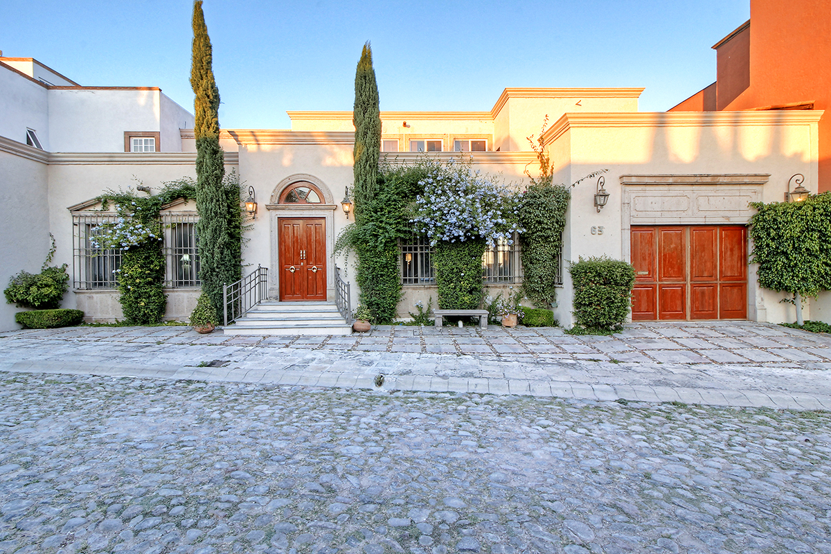 sales property at Casa Blanca