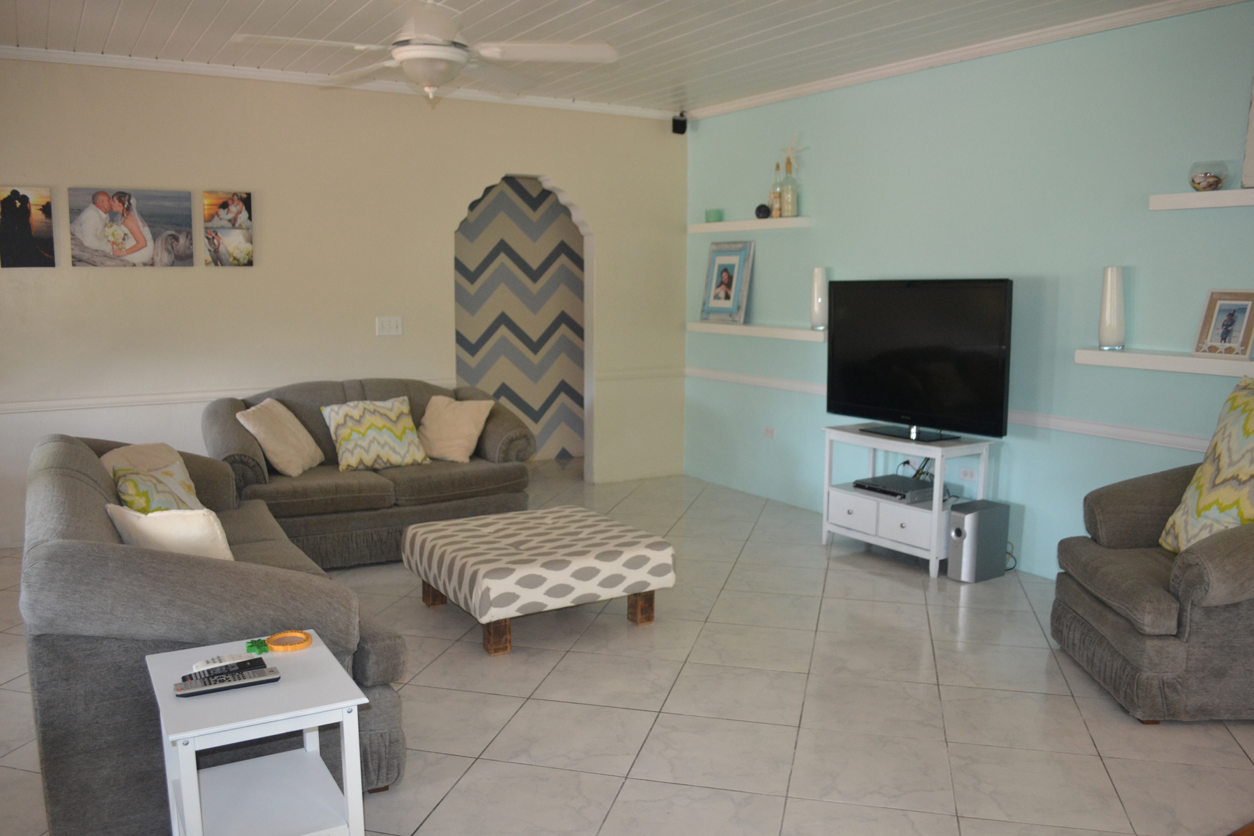 Additional photo for property listing at Recently Refurbished Home with Deeded Beach Access Vivian Pinder Road Spanish Wells, Eleuthera 0 Bahamas